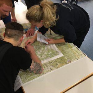 Karten lesen bei der Feuerwehr Spiegelberg